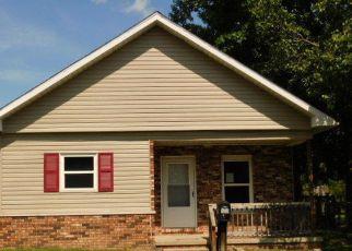 Casa en Remate en West Frankfort 62896 S BINKLEY ST - Identificador: 4191547968