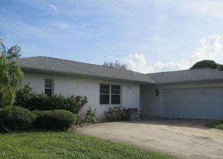 Casa en Remate en Port Saint Lucie 34983 NE GREENBRIER AVE - Identificador: 4193630521