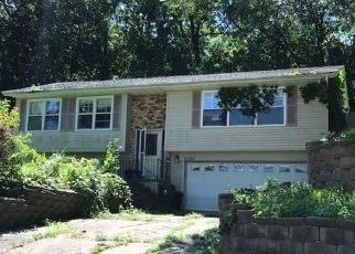 Casa en Remate en Cedar Rapids 52405 M AVE NW - Identificador: 4197799148