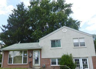 Casa en Remate en Woodlyn 19094 VAUCLAIN AVE - Identificador: 4198700960