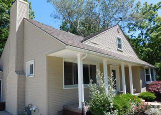 Casa en Remate en Grosse Ile 48138 BYROMAR LN - Identificador: 4200163787