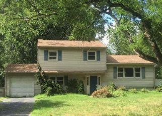 Casa en Remate en Cranbury 08512 ROCKY BROOK RD - Identificador: 4202933977