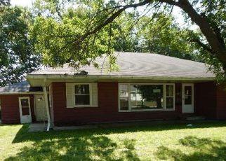 Casa en Remate en Cedar Rapids 52402 OAKLAND RD NE - Identificador: 4204214605