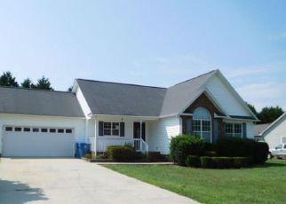 Casa en Remate en Mocksville 27028 CHARLESTON RIDGE DR - Identificador: 4205925323