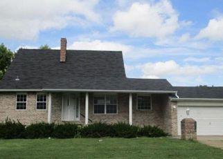 Casa en Remate en East Saint Louis 62203 LAKE DR - Identificador: 4206173211