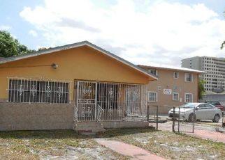 Casa en Remate en Hialeah 33010 E 4TH ST - Identificador: 4207746421