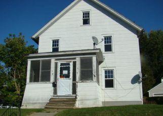 Casa en Remate en Ticonderoga 12883 CHAMPLAIN AVE - Identificador: 4211953158