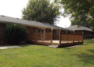 Casa en Remate en Lexington 64067 HICKORY DR - Identificador: 4212693337