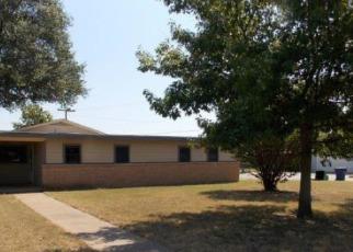 Casa en Remate en Graham 76450 HILLCREST DR - Identificador: 4212960503