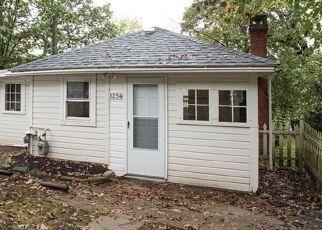 Casa en Remate en Elgin 60120 CEDAR AVE - Identificador: 4217136591