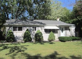 Casa en Remate en Southfield 48075 HILTON DR - Identificador: 4217176442