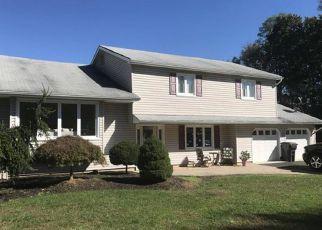 Casa en Remate en Morganville 07751 CALGARY CIR - Identificador: 4222460154