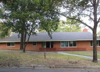Casa en Remate en Grand Prairie 75050 NW 9TH ST - Identificador: 4222770244