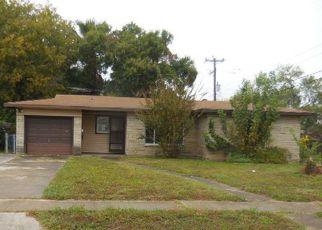Casa en Remate en San Antonio 78213 WAYSIDE DR - Identificador: 4225152386