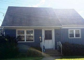 Casa en Remate en Clifton 07012 BROOKWOOD RD - Identificador: 4226399742
