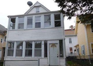 Casa en Remate en Holyoke 01040 SUFFOLK ST - Identificador: 4226564863
