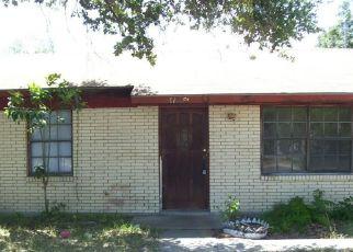 Casa en Remate en Falfurrias 78355 S CALDWELL ST - Identificador: 4228168721