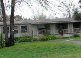 Casa en Remate en Elmendorf 78112 SILVER CHALICE - Identificador: 4228197623