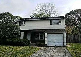 Casa en Remate en Centereach 11720 FIESTA DR - Identificador: 4228439377