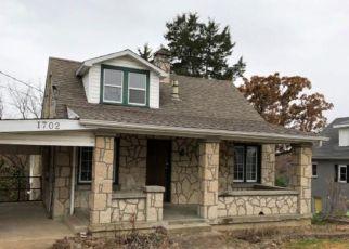 Casa en Remate en Jefferson City 65101 BALD HILL RD - Identificador: 4228568138