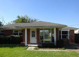 Casa en Remate en Arabi 70032 LIVINGSTON AVE - Identificador: 4228792384
