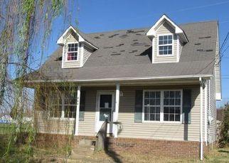 Casa en Remate en Oak Grove 42262 WATERFORD DR - Identificador: 4228836628