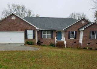 Casa en Remate en Kings Mountain 28086 PINELAKE DR - Identificador: 4229444533