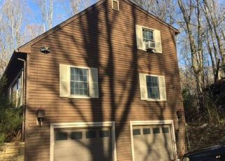 Casa en Remate en Northford 06472 FOOTE HILL RD - Identificador: 4229730528
