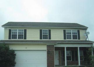 Casa en Remate en Maysville 28555 HARDIN DR - Identificador: 4230019149