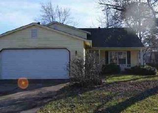 Casa en Remate en Greenwood 46143 SUNCREST DR - Identificador: 4230853944