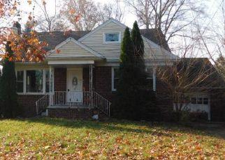 Casa en Remate en Cherry Hill 08002 BEDFORD AVE - Identificador: 4231976903