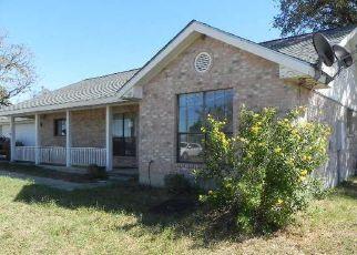 Casa en Remate en La Vernia 78121 LAKE VALLEY DR - Identificador: 4233030219
