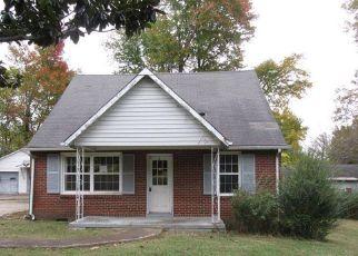 Casa en Remate en Clarksville 37042 HIGH POINT RD - Identificador: 4233066130
