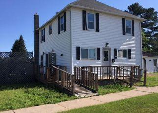 Casa en Remate en Merrill 54452 WATER ST - Identificador: 4234276256