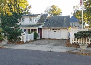 Casa en Remate en Iselin 08830 WARWICK ST - Identificador: 4234465917