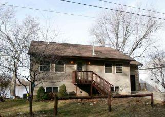 Casa en Remate en Manito 61546 MAPLE ISLAND RD - Identificador: 4234834683