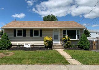 Casa en Remate en Carle Place 11514 ATLANTIC AVE - Identificador: 4243252988