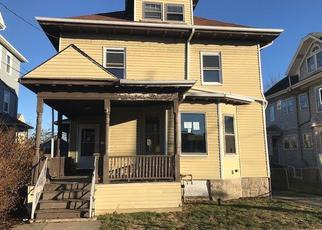 Casa en Remate en Fall River 02720 SHAWMUT ST - Identificador: 4245604909