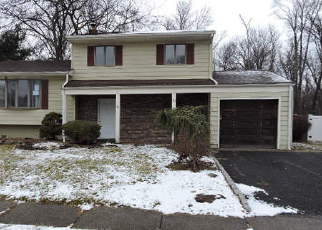 Casa en Remate en Iselin 08830 WINDING RD - Identificador: 4245746810