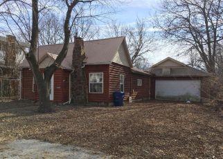 Casa en Remate en Greenfield 65661 WELLS ST - Identificador: 4246190468