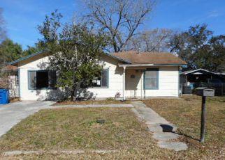 Casa en Remate en Pleasanton 78064 OAKCREST DR - Identificador: 4247585410