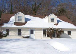 Casa en Remate en Farmingville 11738 ROSEMONT AVE - Identificador: 4248386471