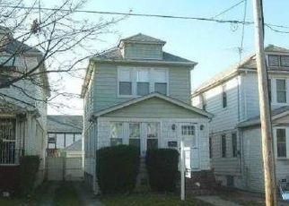 Casa en Remate en Bellerose 11426 254TH ST - Identificador: 4248684738