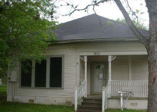 Casa en Remate en Yoakum 77995 SCHWAB ST - Identificador: 4249119637
