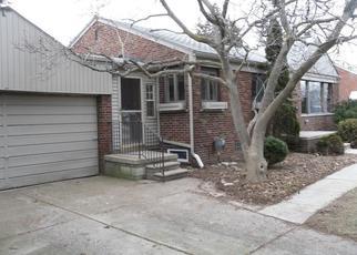 Casa en Remate en Center Line 48015 MENGE - Identificador: 4249753382