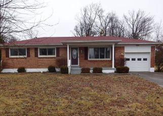 Casa en Remate en Radcliff 40160 GLENWOOD DR - Identificador: 4251437845