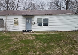 Casa en Remate en East Saint Louis 62206 SAINT MATTHEW DR - Identificador: 4251864870