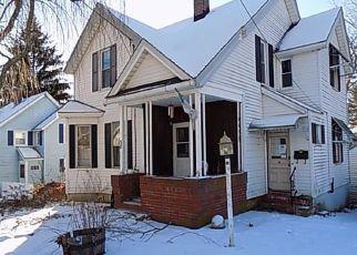 Casa en Remate en Stafford Springs 06076 CHURCH ST - Identificador: 4255031408