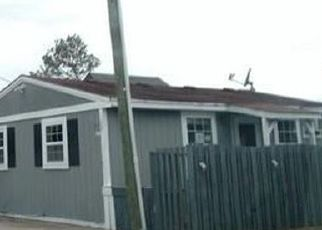 Casa en Remate en Grandy 27939 SEAWARD CT - Identificador: 4256458775