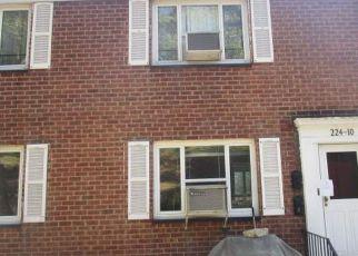 Casa en Remate en Queens Village 11427 STRONGHURST AVE - Identificador: 4257019372